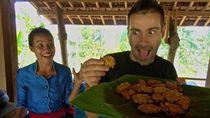 Bule Prancis Ini Jatuh Hati Pada 10 Makanan Indonesia Enak