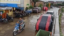 Dua Tetangga Ribut sampai Adu Jotos Gegara Urusan Parkir Mobil di Jalan