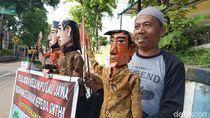 Pria Ini Bersepeda Keliling Jawa Demi Ucapkan Pesan dari Mimpi untuk Jokowi