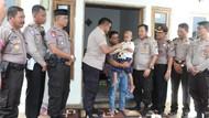 Polisi Bantu dan Ringankan Derita Bocah Penderita Leukimia di Sumenep