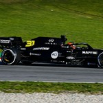 Formula 1 Australia: Tiga Anggota Tim Diisolasi, Dikhawatirkan Terjangkit Corona
