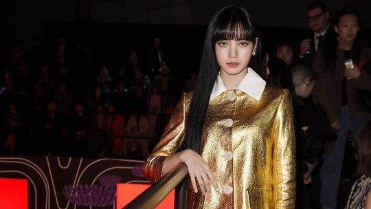 Goldie Lady! Penampilan Lisa BLACKPINK di Milan Fashion Week