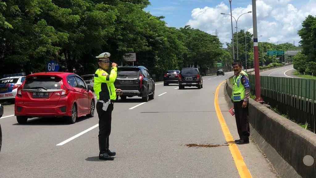 Nyeberang di Tol Saat Pulang, Pelajar di Makassar Tewas Tertabrak Mobil