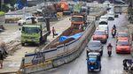Petugas Kebut Pengerjaan Proyek Underpass Senen