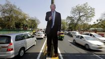 Di India, Figura Trump Mejeng Dimana-mana