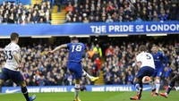 Babak I Usai, Chelsea Ungguli Tottenham 1-0