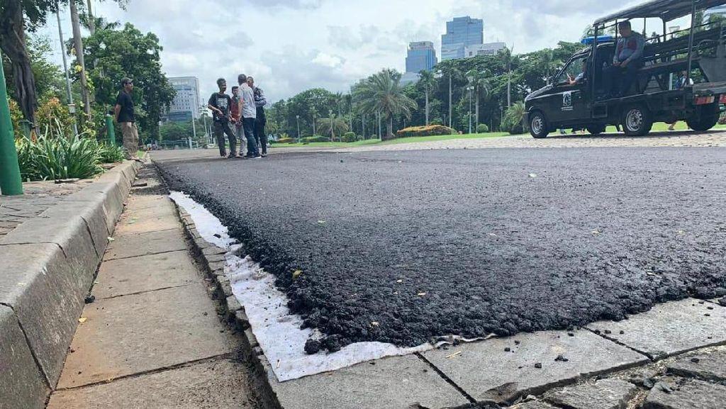 JakPro Klaim Hasil Uji Coba Aspal Formula E di Monas Tak Rusak Batu Alam