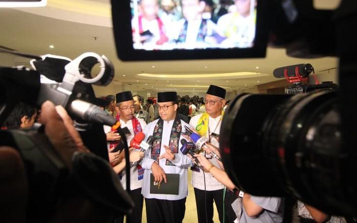 Gubernur DKI Jakarta Anies Baswedan hadir dalam acara Seminar Nasional BPD Se-Indonesia dalam rangka sinergi BUMD di Jakarta.