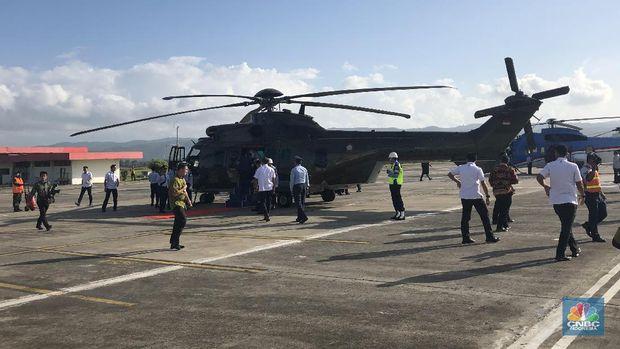 Keren! Jokowi Jajal Helikopter Baru di Aceh