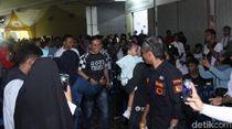 Kumpul Komunitas, Deng Ical Minta Relawan Kompak Menangkan Makassar