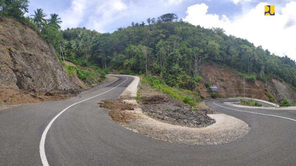 Masuk 10 Tujuan Wisata Utama, Ini Kondisi Jalan di Morotai