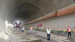 Proyek Kereta Cepat Jakarta-Bandung Disetop