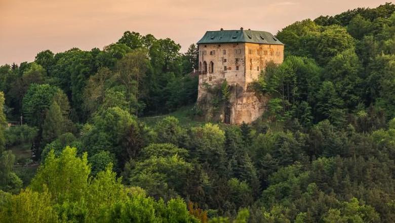 Kastil berhantu di Republik Ceko.