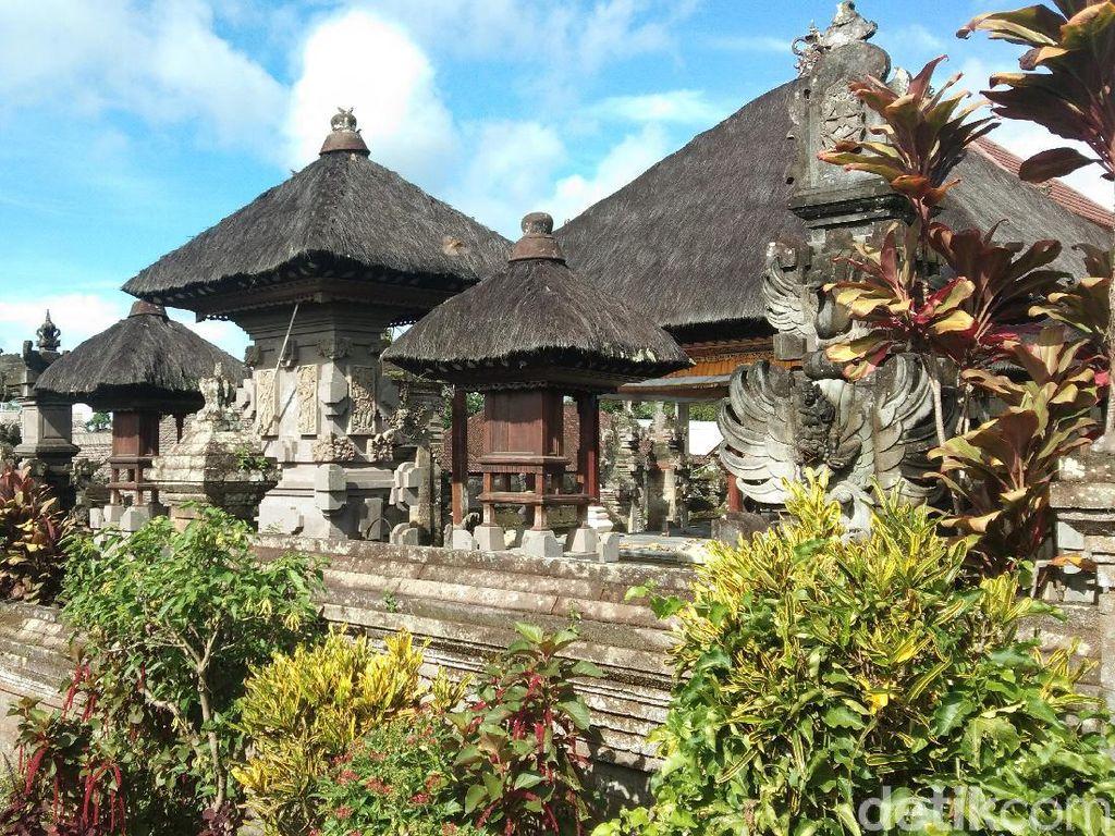 Desa Penglipuran Tak Perkenankan Turis dan Warga Bawa Kendaraan