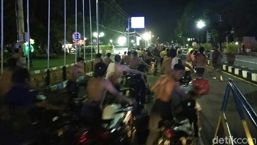 Razia Balap Liar di Situbondo, 81 Remaja Disuruh Nuntun Motor 2 Km