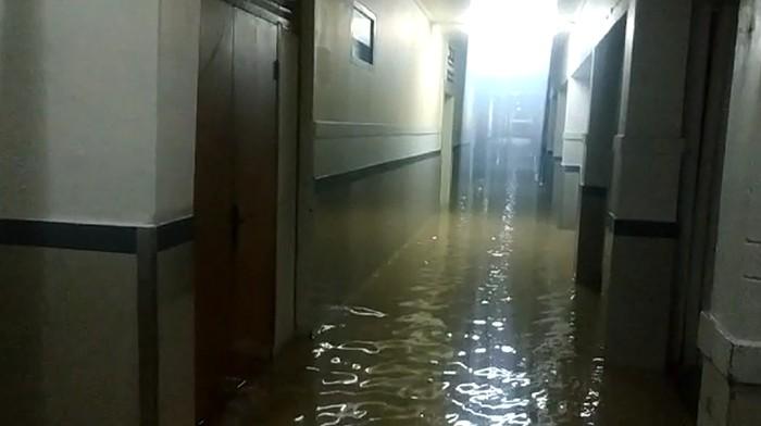 RSCM Sempat Kebanjiran, Menkes Cek Peralatan yang Terendam