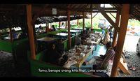 Jokowi Kulineran di Aceh, Coba Kari Kambing, Ikan Steam dan Kopi Sanger