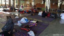 Warga Korban Banjir Masih Bertahan di Pengungsian