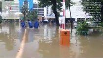 Gedung Ditjen Bea Cukai di Jaktim Terendam Banjir