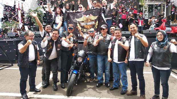 Gagahnya Harley-Davidson Direbutkan Bikers di Lomba Cerdas Cermat MPR