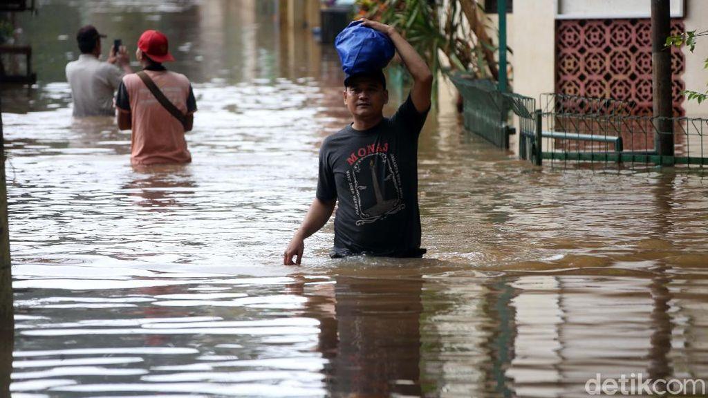 Kominfo Monitoring Jaringan Pasca-Banjir Jabodetabek
