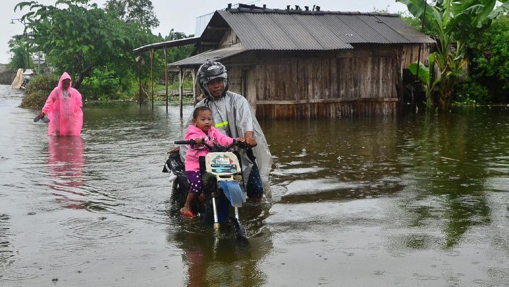 Di Kudus, Banjir Rendam Ratusan Rumah dan Puluhan Hektare Sawah
