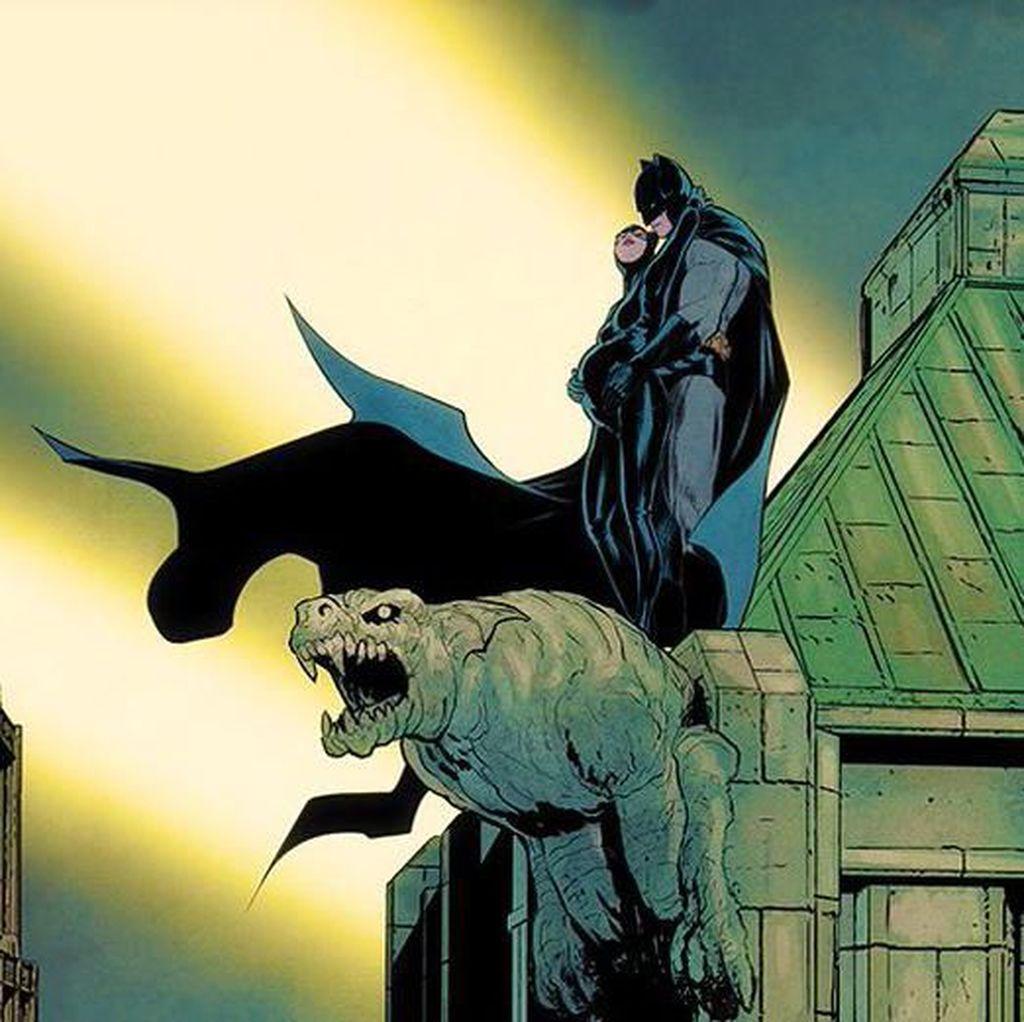 Komikus Batman Kasih Bocoran, Catwoman Hamil?