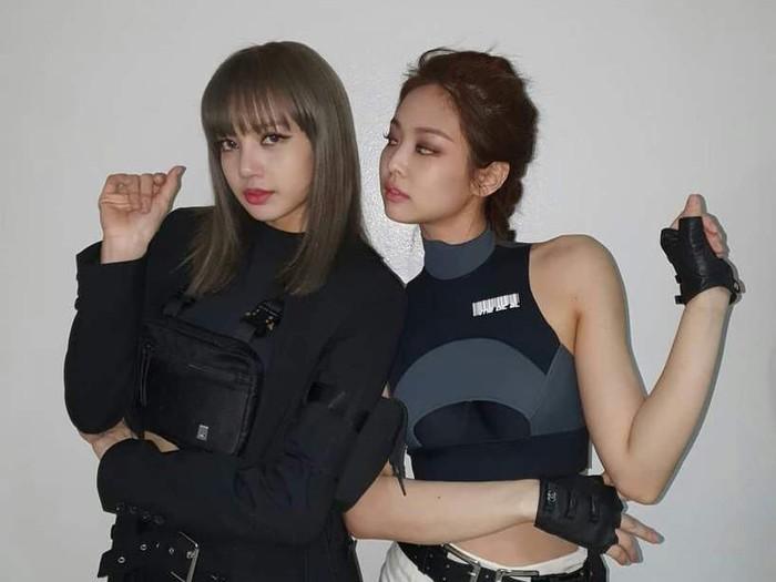 Lisa & Jennie BLACKPINK