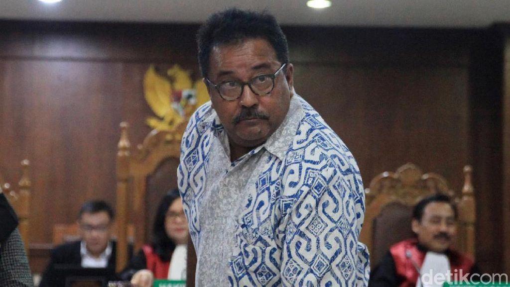 Video Rano Karno Bantah Terima Rp 1,5 M dari Wawan Selama Jadi Wagub