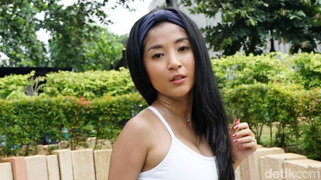 Punya Mantan Lebih dari 20, Julia Mango Tukang Selingkuh