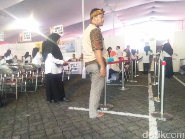 Panitia Tes CPNS di Bandung Nyeker