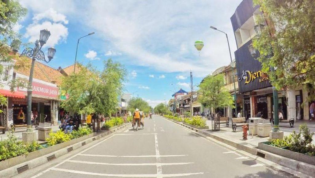 Lengangnya Jalan Malioboro Tiap Hari Selasa Wage