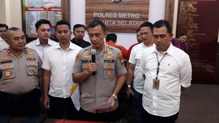 Polisi rilis penangkapan pria pembully pria di Tanah Kusir, Jaksel