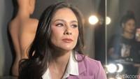 Rahasia Kecantikan Wulan Guritno yang Dijuluki Hot Mom