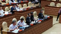 Data Tak Lengkap, Menhub Batal Rapat dengan Komisi V DPR RI