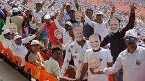 Ribuan Orang Sambut Kedatangan Trump di India