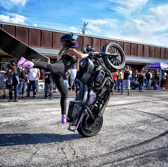 Ladybikers Freestyler
