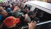 Polisi Tegaskan Perempuan yang Dikepung Warga Bukan Penculik Anak