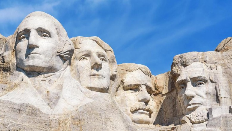 10 Fakta Gunung Rushmore yang Belum Kamu Tahu
