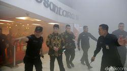 Video Suasana Panik di DPR Gegara Asap dan Bunyi Alarm Kebakaran