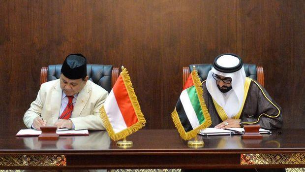 Prabowo-Menhan UEA Teken Perjanjian Kerja Sama.