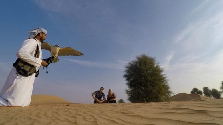 Wisata berburu di Dubai.
