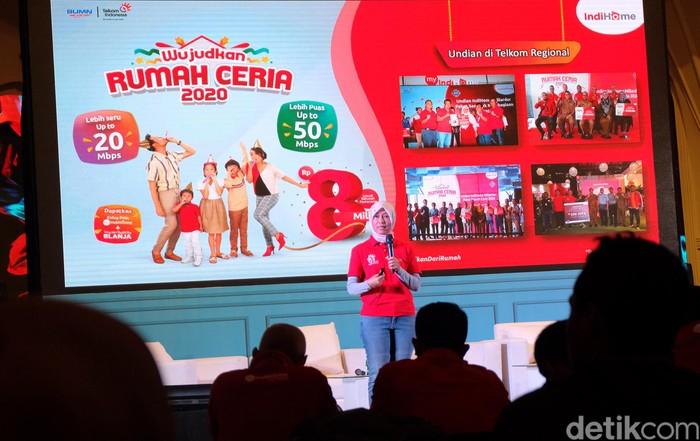 PT Telekomunikasi Indonesia Tbk (TLKM) atau Telkom menargetkan, layanan fixed broadband IndiHome bisa mencapai 8,3 juta pelanggan di tahun 2020.