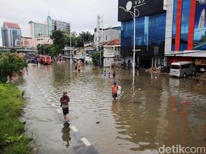 Banjir Lagi, Tips Agar Kaki Nggak Kena Jamur Ini Perlu Dicoba