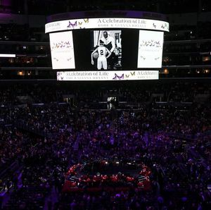 Tribut Mengenang Kobe Bryant Digelar di Staples Center