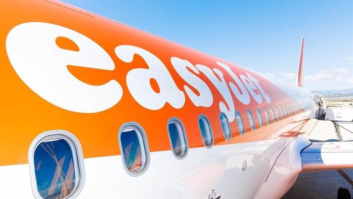 Pesawat easyJet