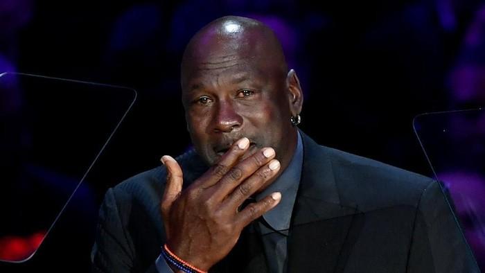 LOS ANGELES, CALIFORNIA - FEBRUARY 24: Michael Jordan speaks during The Celebration of Life for Kobe & Gianna Bryant at Staples Center on February 24, 2020 in Los Angeles, California. (Photo by Kevork Djansezian/Getty Images)