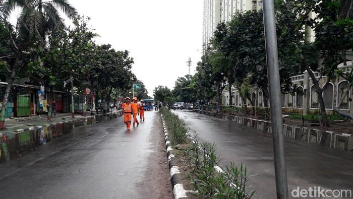 Banjir di Jalan Sekitar Underpass Kemayoran Surut
