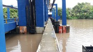 Pintu Air Pasar Ikan Jakarta Utara Siaga 2