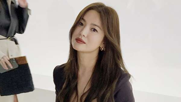Ini Penampilan Song Hye Kyo yang Jadi Trending